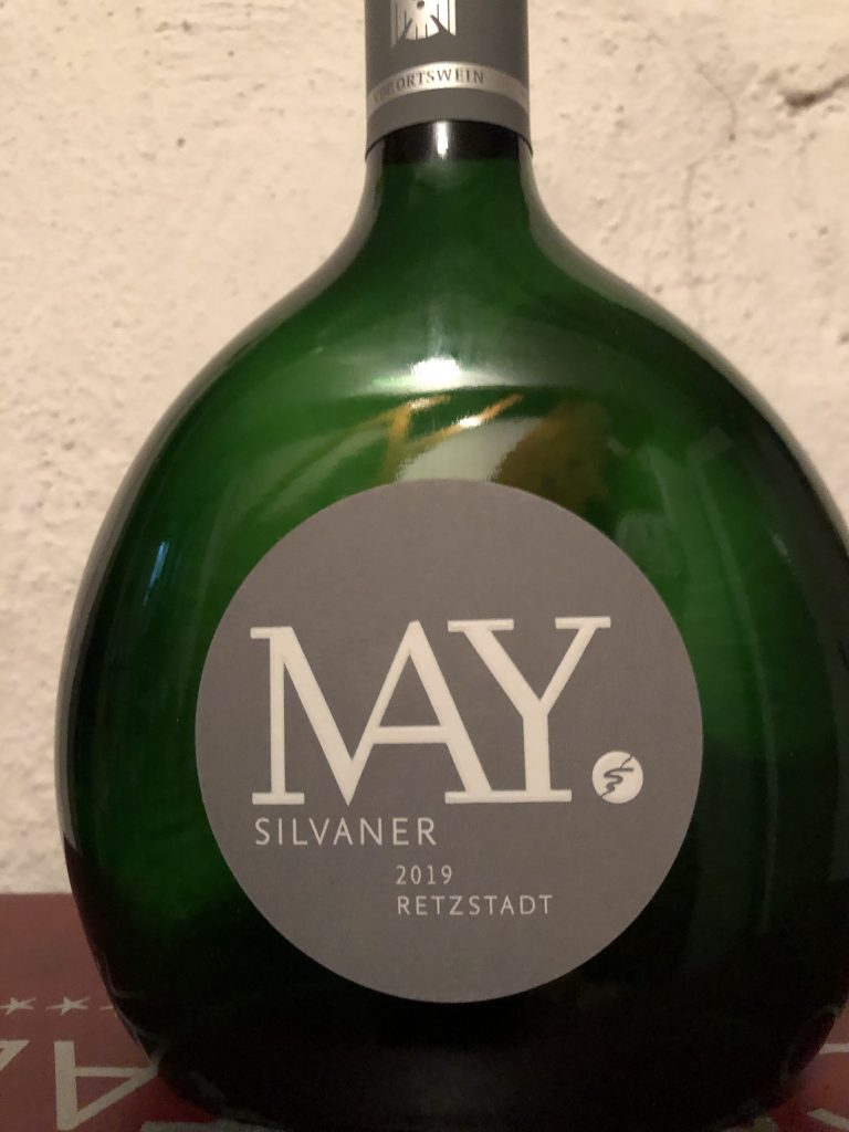 2019 Silvaner vom Weingut May, Retzstadt - Präzise, kantig, mineralisch, fränkisch trocken, so muss Silvaner schmecken - Dr. Klaus Schubäus